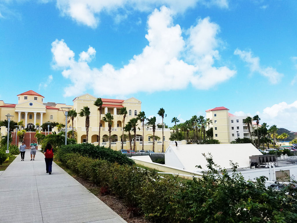image of AUC's medical school campus on St. Maarten