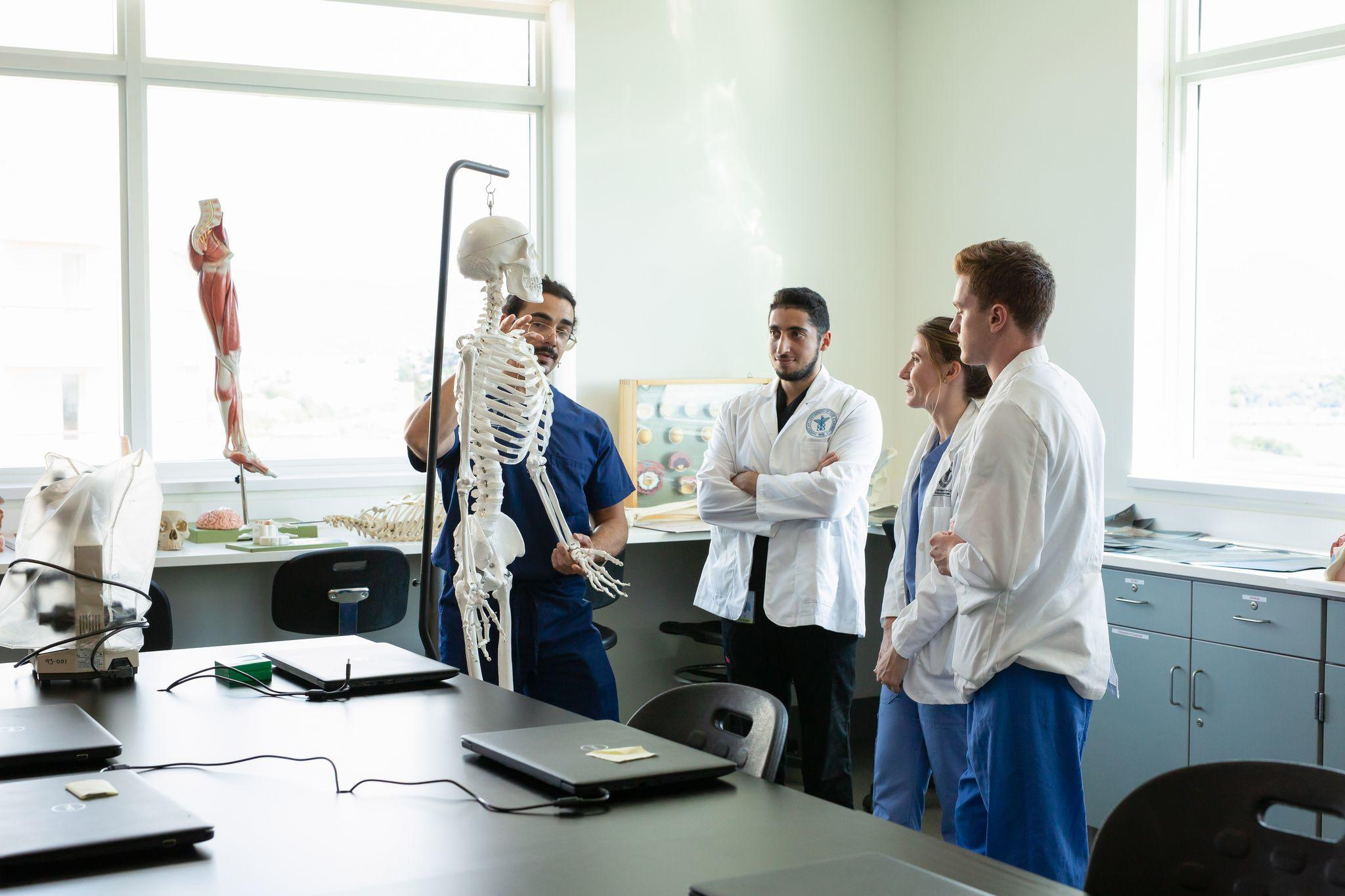 medical students in lab